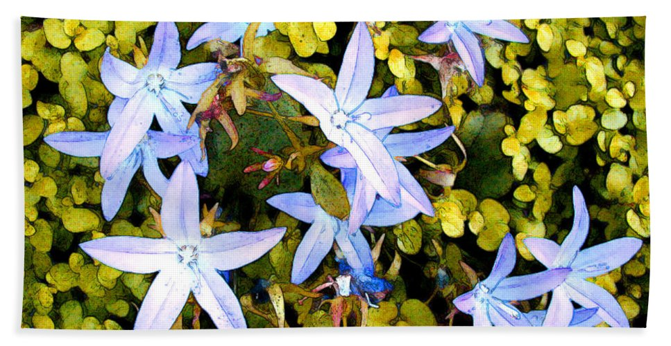 Flower Flowers Garden Star Blue Ground+cover Flora Floral Nature Natural Bloom Blooms Blossoms Blossom Bouquet Arrangement Colorful Plant Plants Botanical Botanic Blooming Gardens Gardening Tropical Hand Towel featuring the painting Blue Star Flowers by Elaine Plesser
