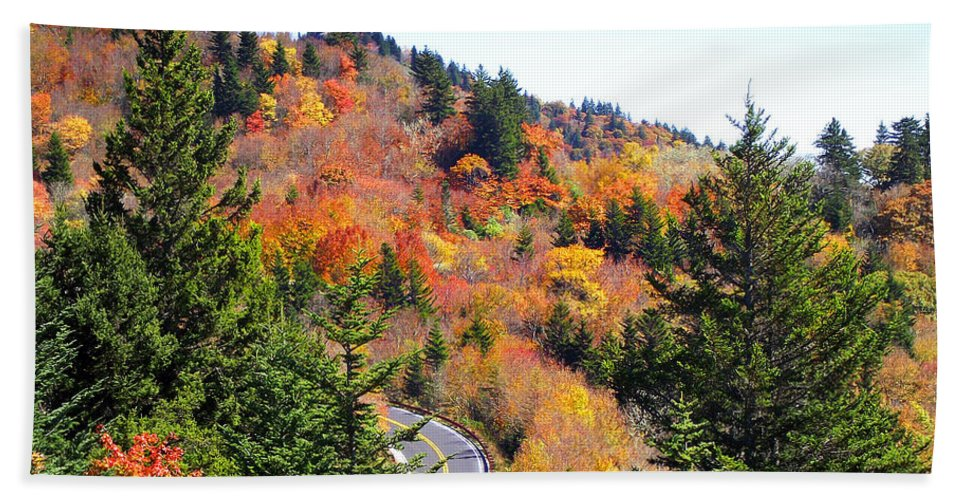 Fall Hand Towel featuring the photograph Blueridge Parkway View Near Hwy 215 by Duane McCullough