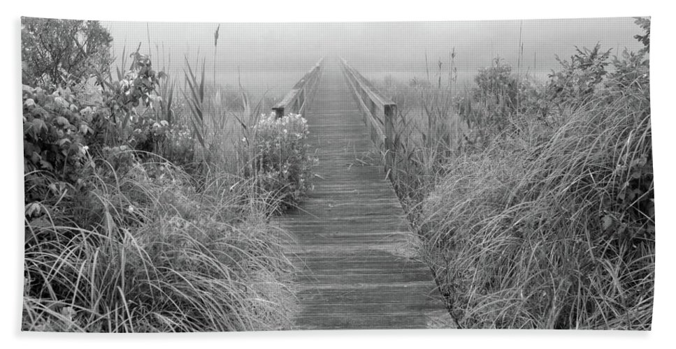 Quogue Wildlife Preserve Hand Towel featuring the photograph Boardwalk In Quogue Wildlife Preserve by Rick Berk
