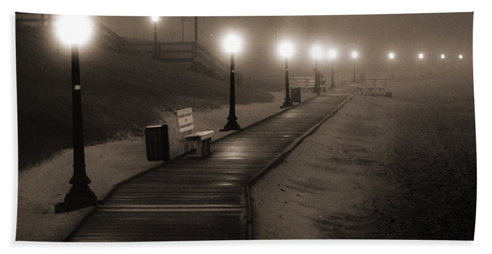 Algoma Hand Towel featuring the photograph Boardwalk In The Fog by Bill Pevlor