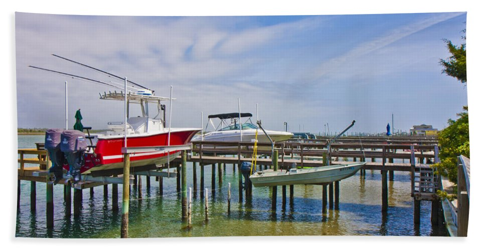Topsail Bath Sheet featuring the photograph Boat Caddy by Betsy Knapp