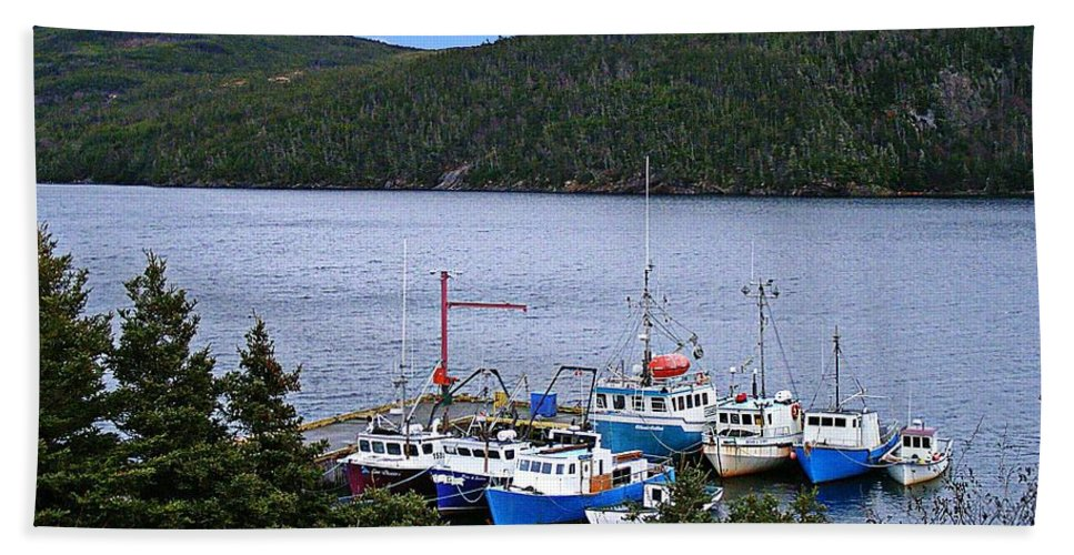 Boats Bath Sheet featuring the photograph Boat Lineup by Barbara Griffin