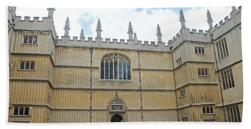 Oxford Hand Towel featuring the photograph Bodleian Library by Tony Murtagh