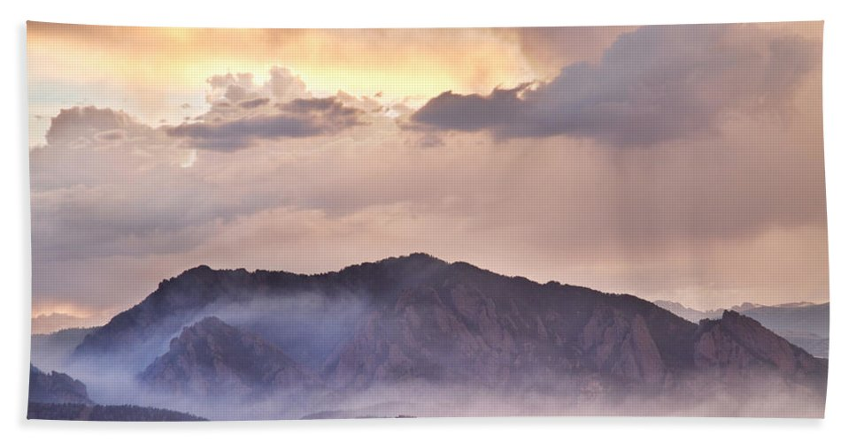 Flagstaff Fire Bath Sheet featuring the photograph Boulder Colorado Flatirons And The Flagstaff Fire by James BO Insogna