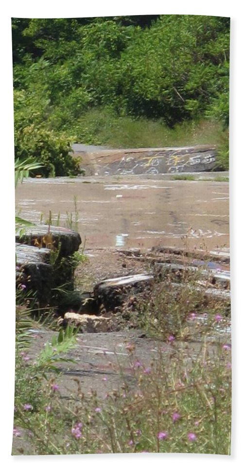 Centralia Pa Hand Towel featuring the photograph Broken Road Broken Dreams by Michele Nelson