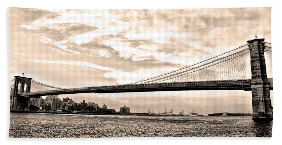 Brooklyn Bridge In Sepia Hand Towel featuring the photograph Brooklyn Bridge In Sepia by Bill Cannon