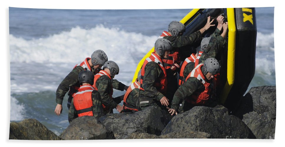 Special Warfare Hand Towel featuring the photograph Buds Participate In Rock Portage by Stocktrek Images