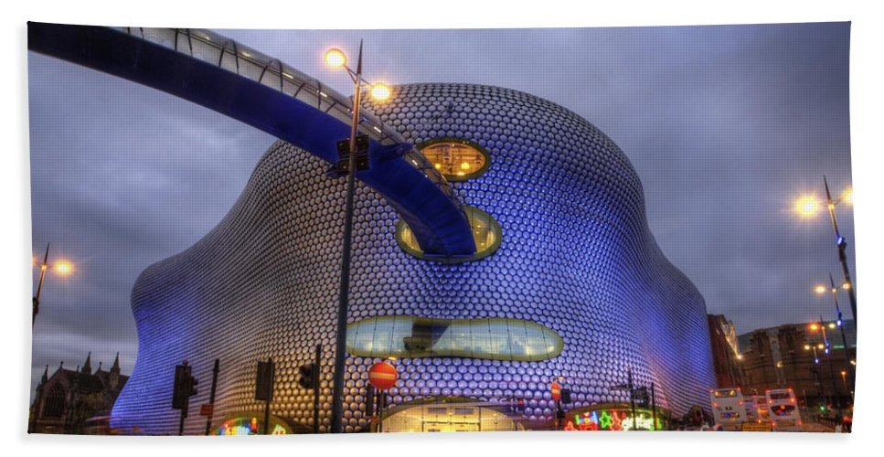Art Bath Sheet featuring the photograph Bullring - Selfridges V5.0 by Yhun Suarez
