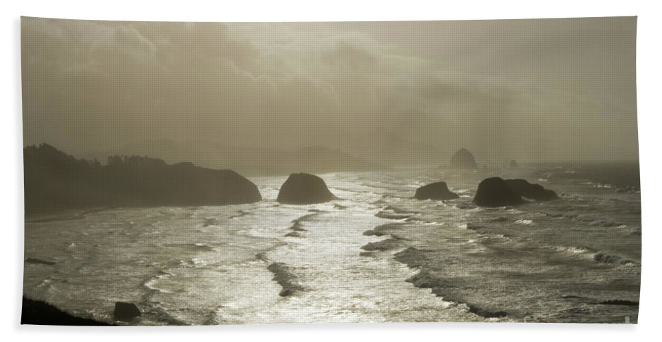 Pacific Ocean Bath Sheet featuring the photograph Cannon Beach by Bob Christopher