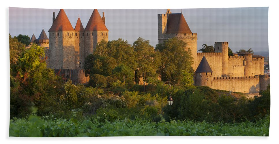 Carcassonne Bath Sheet featuring the photograph Carcassonne Dawn by Brian Jannsen
