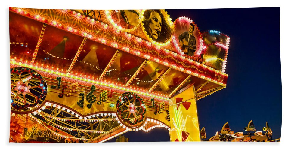 Boardwalk Hand Towel featuring the photograph Carnival Ride by John Greim