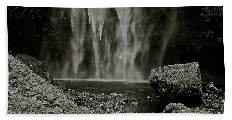 Waterfall Bath Sheet featuring the photograph Cascade's End by Eric Tressler