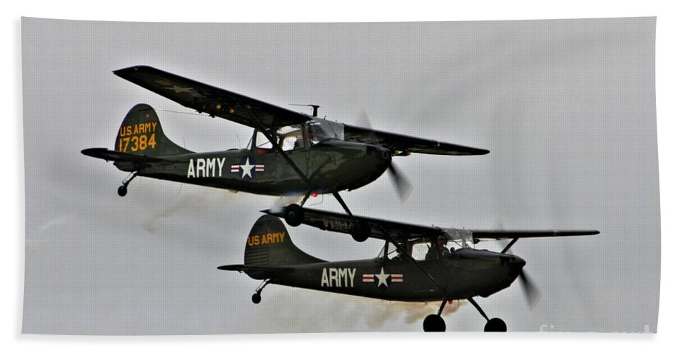 Cessna Bath Sheet featuring the photograph Cessna Bird Dog O-1el-19 by Tommy Anderson