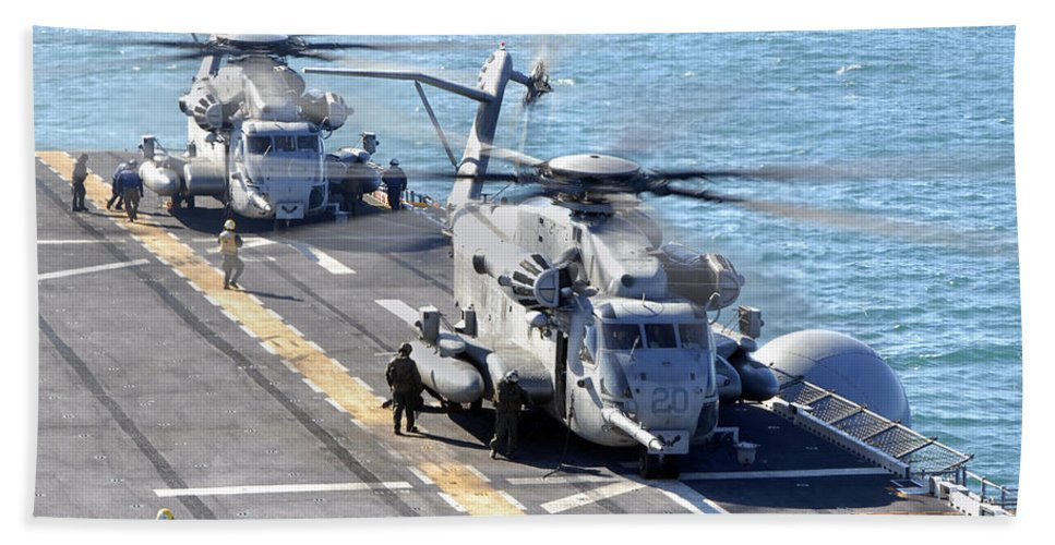 Warship Hand Towel featuring the photograph Ch-53e Super Stallion Helicopters by Stocktrek Images