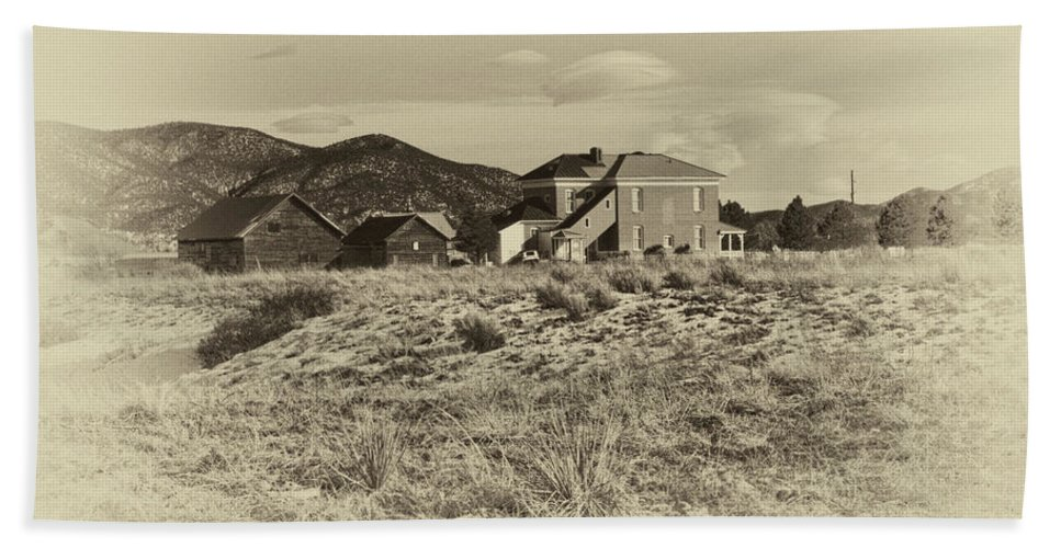 Chaffee Bath Sheet featuring the photograph Chaffee County Poor Farm Print by Charles Muhle