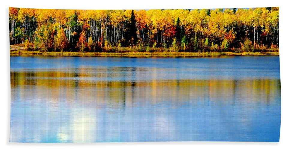 Water Hand Towel featuring the photograph Chena Lake Drama Lll by Kathy Sampson