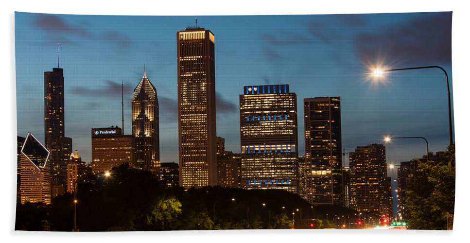 Chicago Skyline Bath Sheet featuring the photograph Chicago Business District At Dusk by Semmick Photo