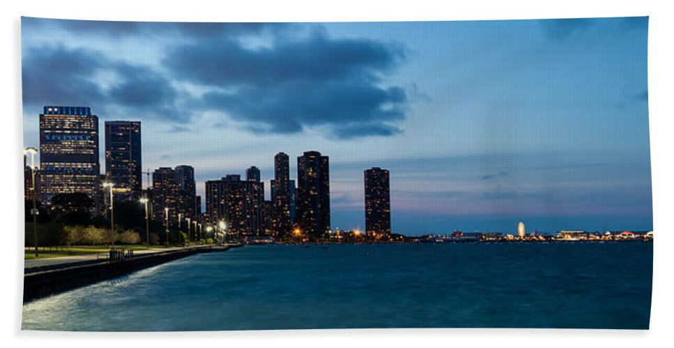 Chicago Skyline Bath Sheet featuring the photograph Chicago Skyline And Navy Pier At Dusk by Semmick Photo