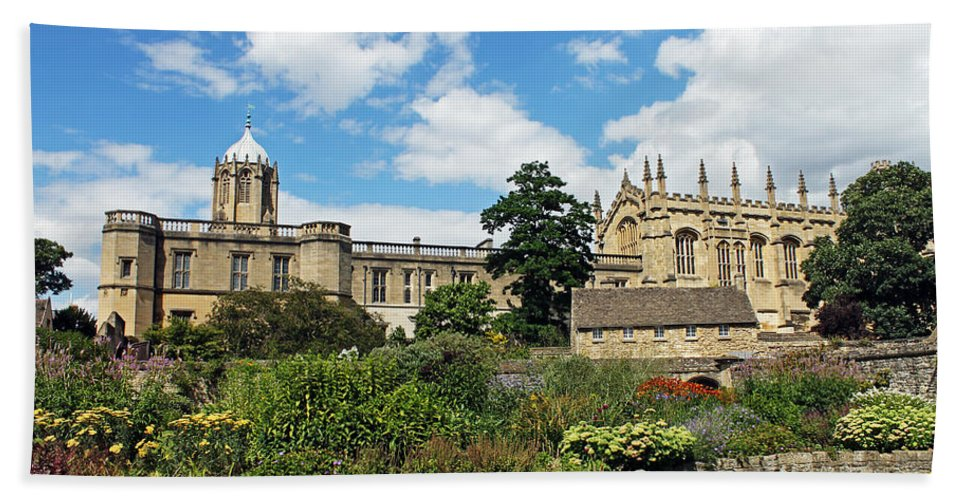 Christ Church Cathedral Hand Towel featuring the photograph Christ Church Cathedral by Tony Murtagh