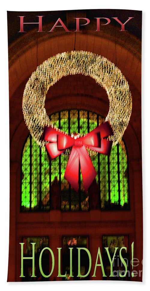 United Bath Sheet featuring the photograph Christmas Card Wreath Color by Jost Houk