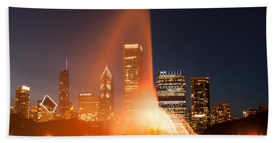 City Bath Sheet featuring the photograph Clarence Buckingham Memorial Fountain by Semmick Photo