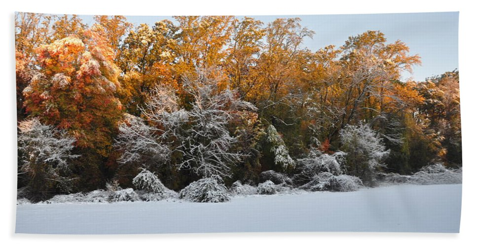 Winter Bath Sheet featuring the photograph Clash Of Seasons by Bill Cannon