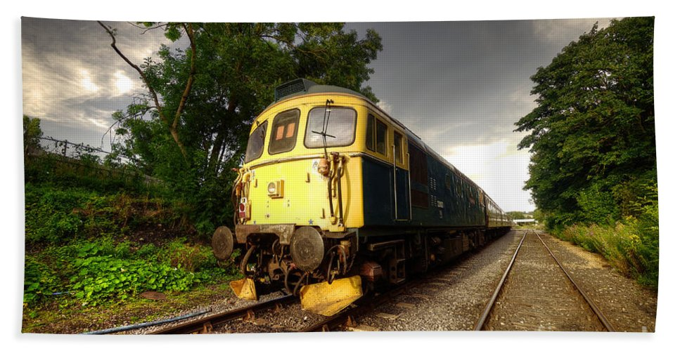Class 33 Bath Sheet featuring the photograph Class 33 At Bishop Auckland by Rob Hawkins