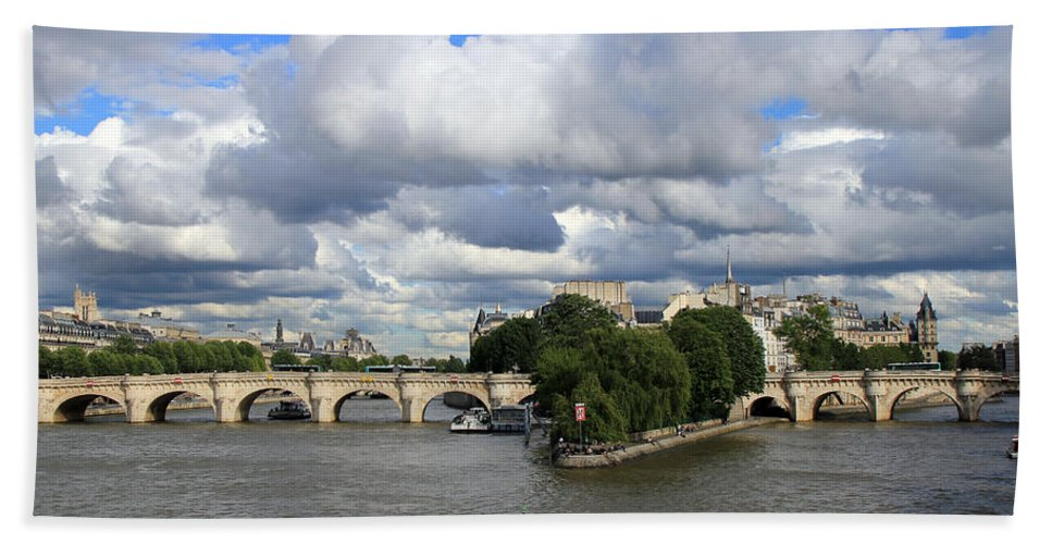 Paris France Hand Towel featuring the photograph Classic Paris by Andrew Fare