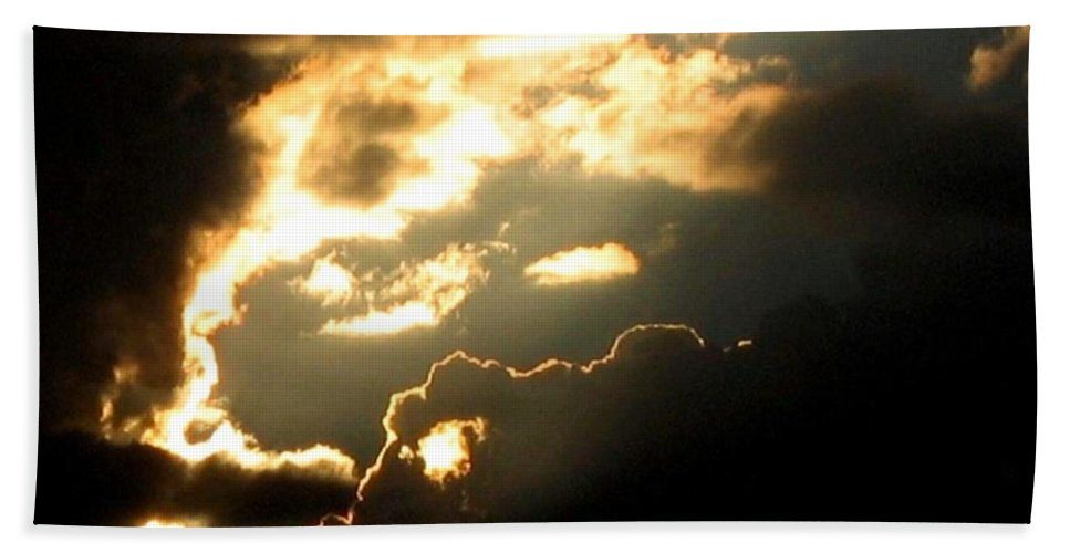 Sky Hand Towel featuring the photograph Cloud Nine 12 by Will Borden