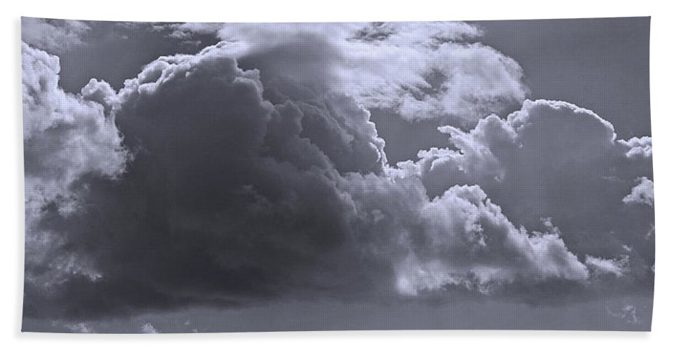 Coquet Island Bath Sheet featuring the photograph Clouds Gathering by David Pringle