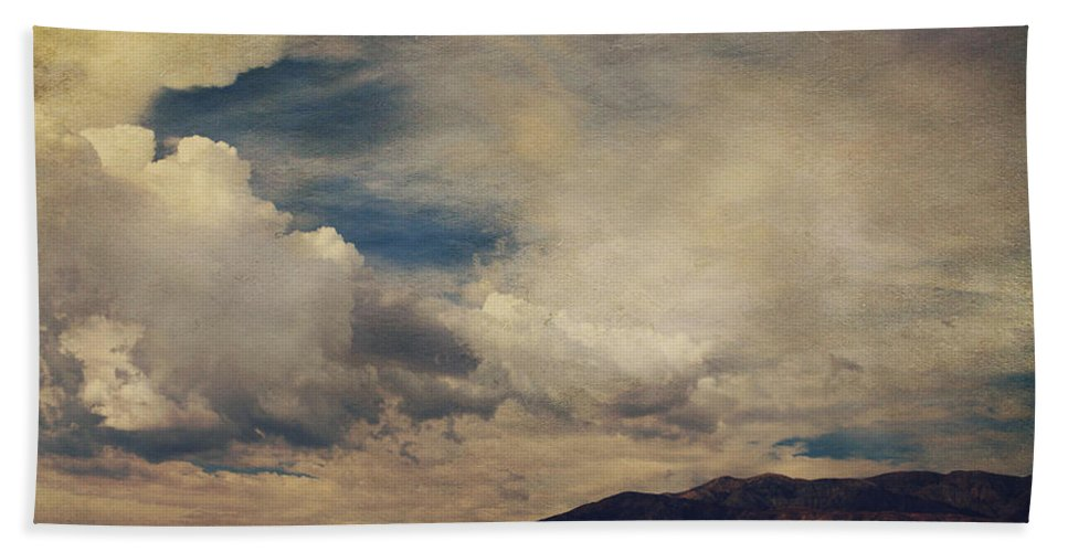 Palm Desert Hand Towel featuring the photograph Clouds Please Carry Me Away by Laurie Search