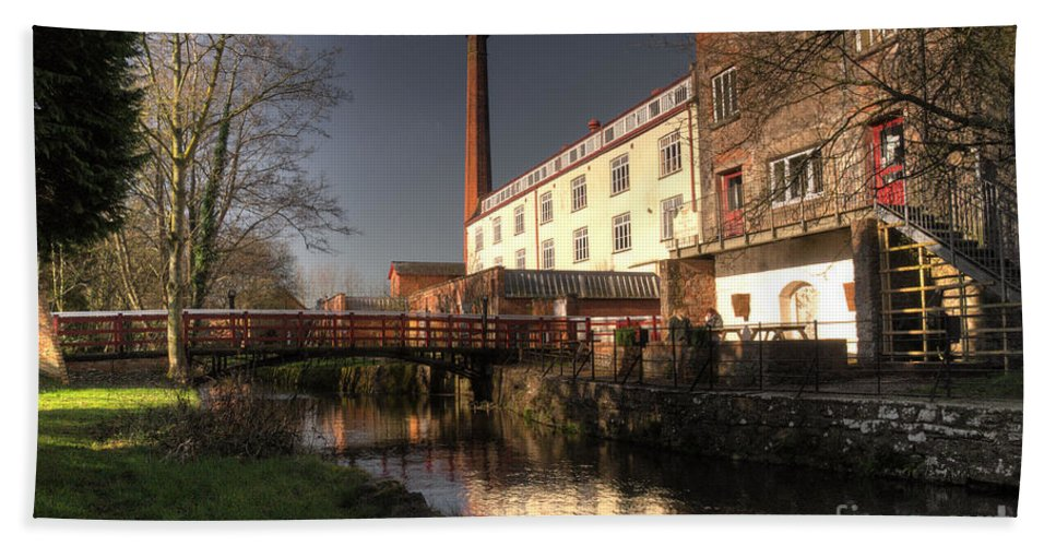 Coldharbour Mill Bath Sheet featuring the photograph Coldharbour Mill by Rob Hawkins