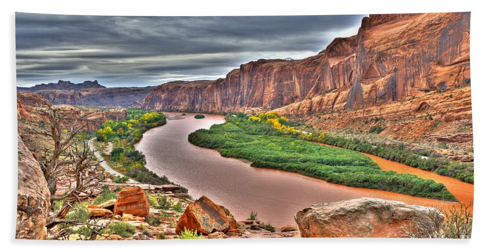 Hdr Hand Towel featuring the photograph Colorado River Flows Through A Stormy Moab Portal by Gary Whitton