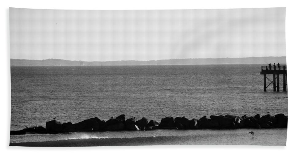 Brooklyn Bath Sheet featuring the photograph Coney Island Coastline In Black And White by Rob Hans