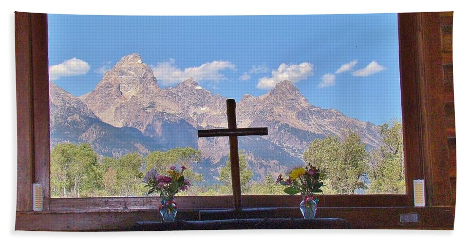 Mountains Bath Sheet featuring the photograph Connie's View by Michael MacGregor