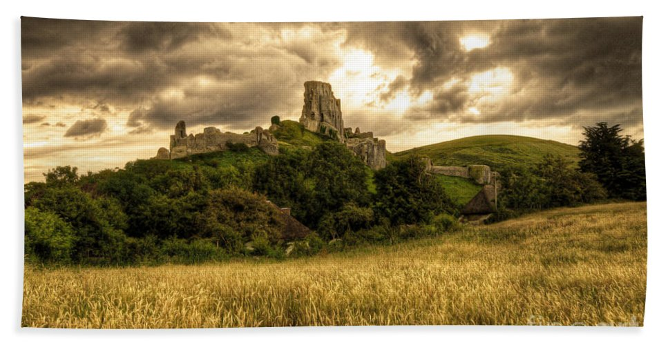 Corfe Hand Towel featuring the photograph Corfe Castle by Rob Hawkins