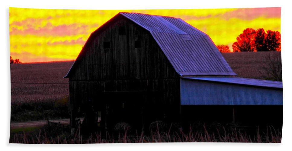 Red Sky Barn Bath Sheet featuring the photograph Cornfield Barn Sky by Randall Branham