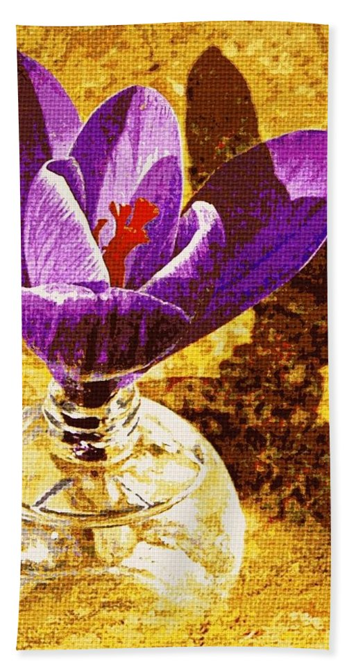 Nature Bath Sheet featuring the photograph Crocus Graphic by Chris Berry