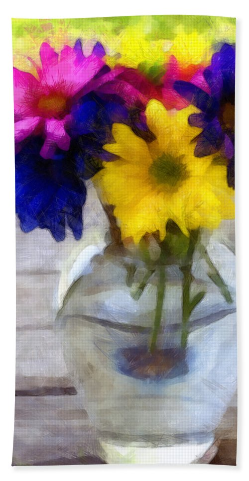 Daisy Hand Towel featuring the photograph Daisy Crazy Revisited by Angelina Vick