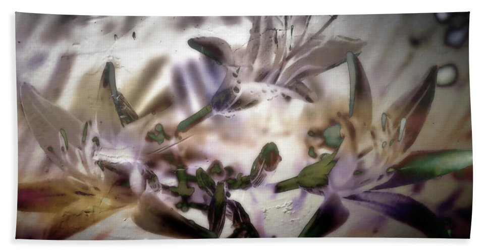 Flowers Bath Sheet featuring the photograph Day Lilies - Abstract by Ellen Heaverlo