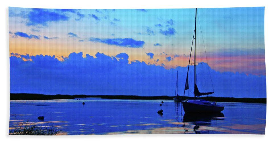Sailboat Hand Towel featuring the photograph Day's End Rock Harbor by Rick Berk