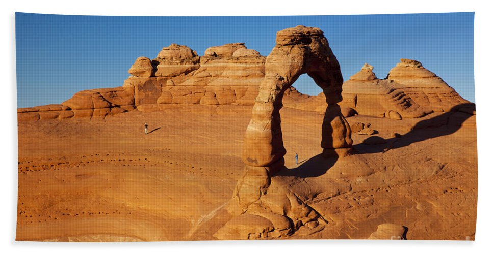 America Hand Towel featuring the photograph Delicate Arch At Sunset by Brian Jannsen
