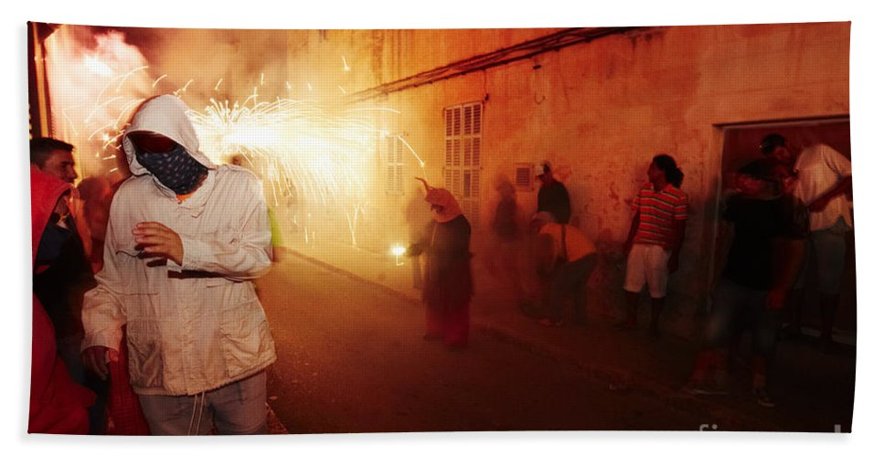 Fuego Bath Sheet featuring the photograph Demons In The Street by Agusti Pardo Rossello