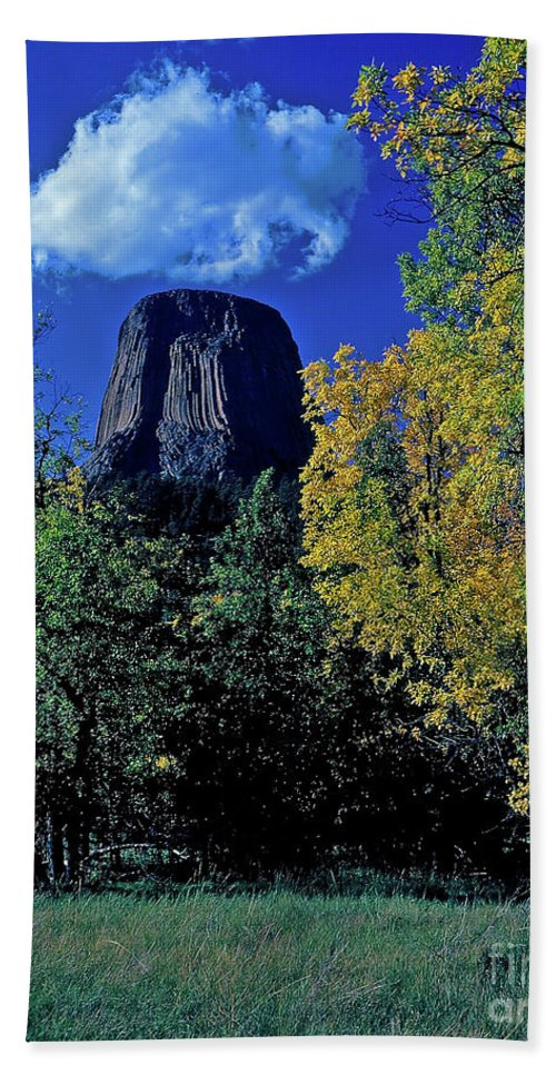 Wyoming Bath Sheet featuring the photograph Devil's Tower Autumn by Rich Walter