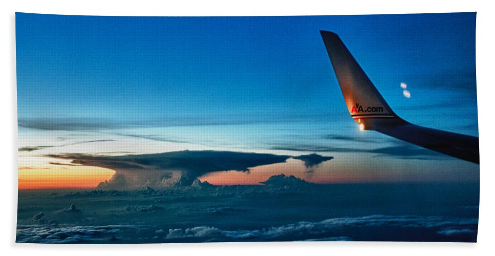 Wingtip Bath Sheet featuring the photograph Distant Storm by Robert Swinson