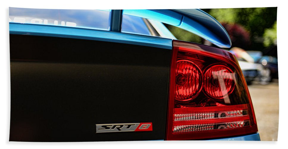 2007 Dodge Charger Bath Sheet featuring the photograph Dodge Charger Srt8 Rear by Paul Ward