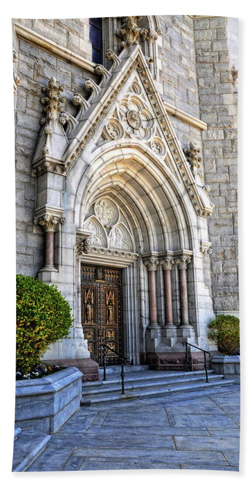 Sacred Heart Cathedral.doorway Hand Towel featuring the photograph Doorway Sacred Heart Cathedral by Dave Mills