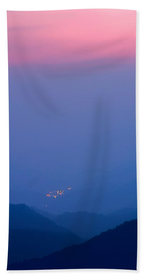 Pink Sky Over The Blue Valley Bath Sheet featuring the photograph Down In The Valley So Low by Randall Branham