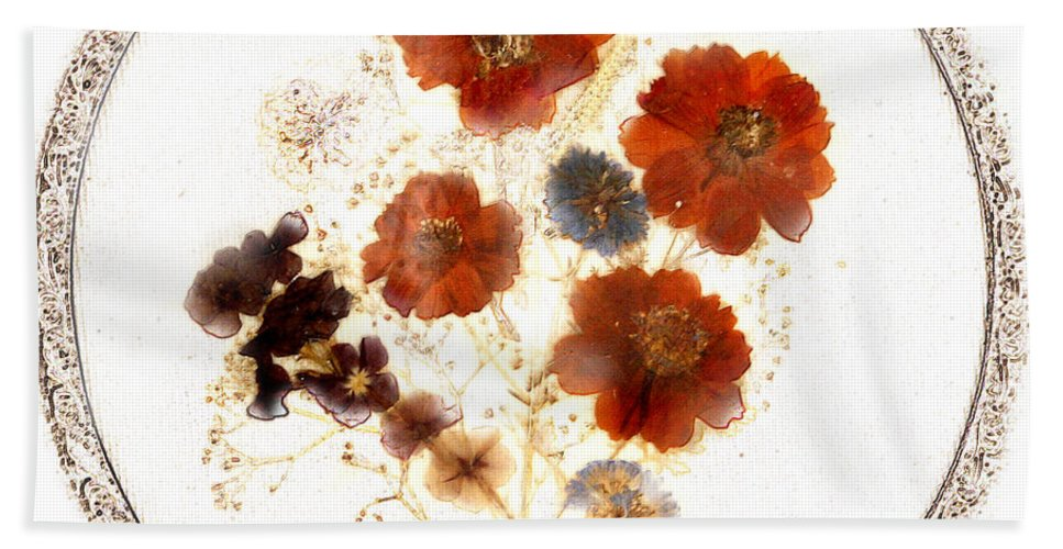 Dried Bath Sheet featuring the photograph Dried Flower Art by Marilyn Hunt