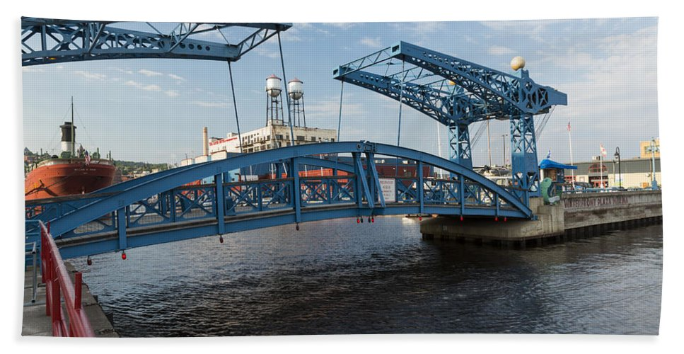 Drawbridge Bath Sheet featuring the photograph Duluth Draw Bridge 1 C by John Brueske